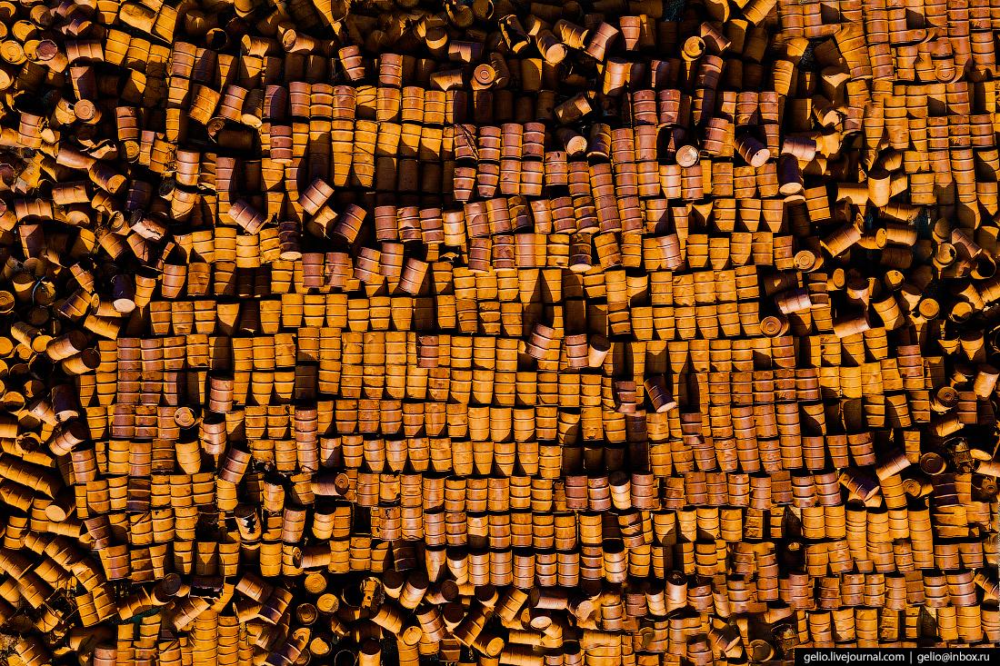 уэлен, самый восточный населенный пункт, чукотка, свалка, бочкотара, бочки