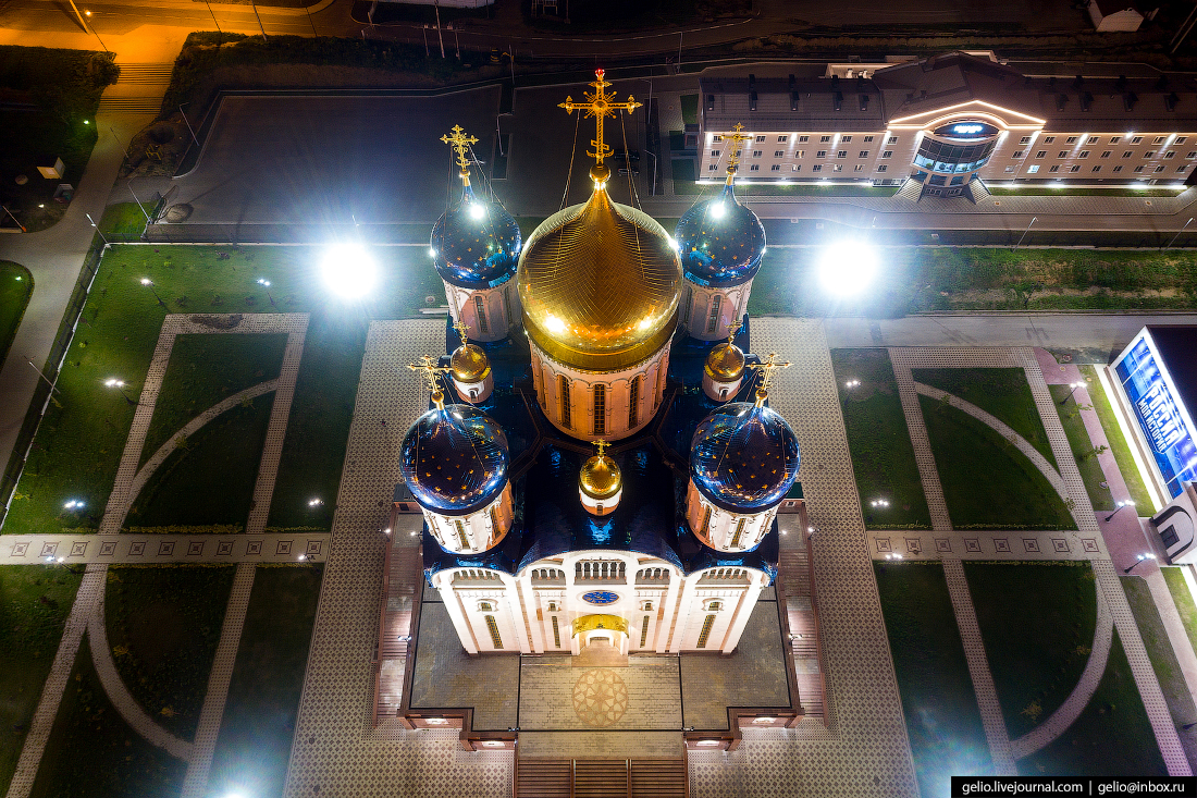 Южно-Сахалинск с высоты Кафедральный собор Рождества Христова