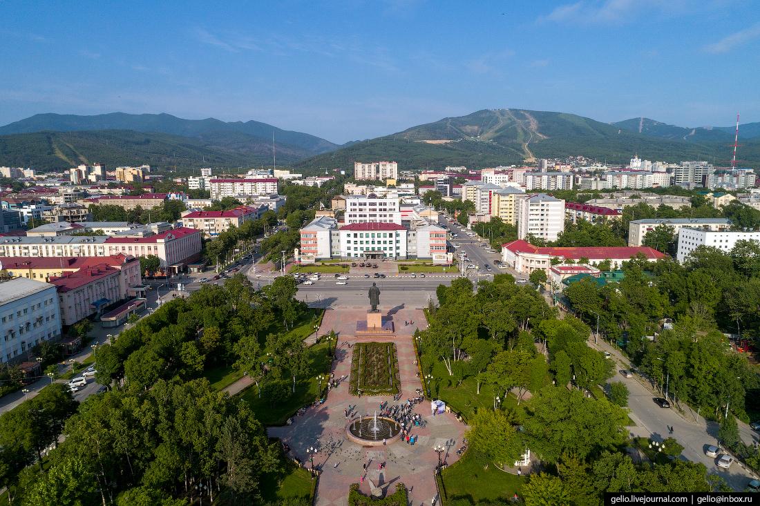 Южно-Сахалинск с высоты Площадь Ленина