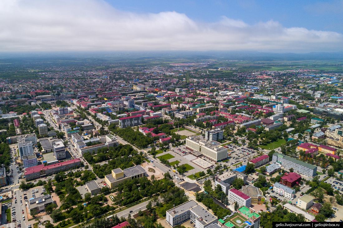 Южно-Сахалинск с высоты Коммунистический проспект