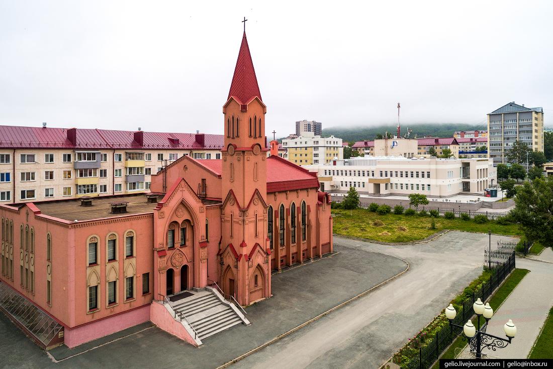 Южно-Сахалинск с высоты Римско-католическая церковь