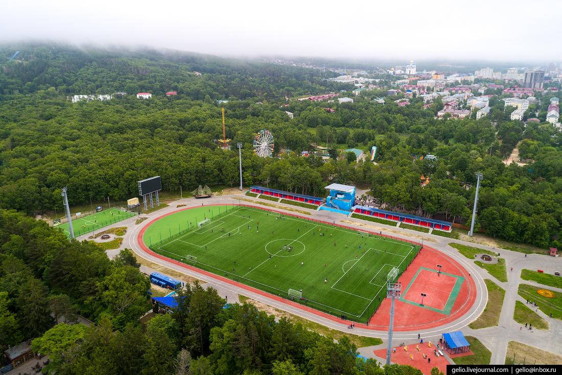 Южно-Сахалинск с высоты Стадион Космос
