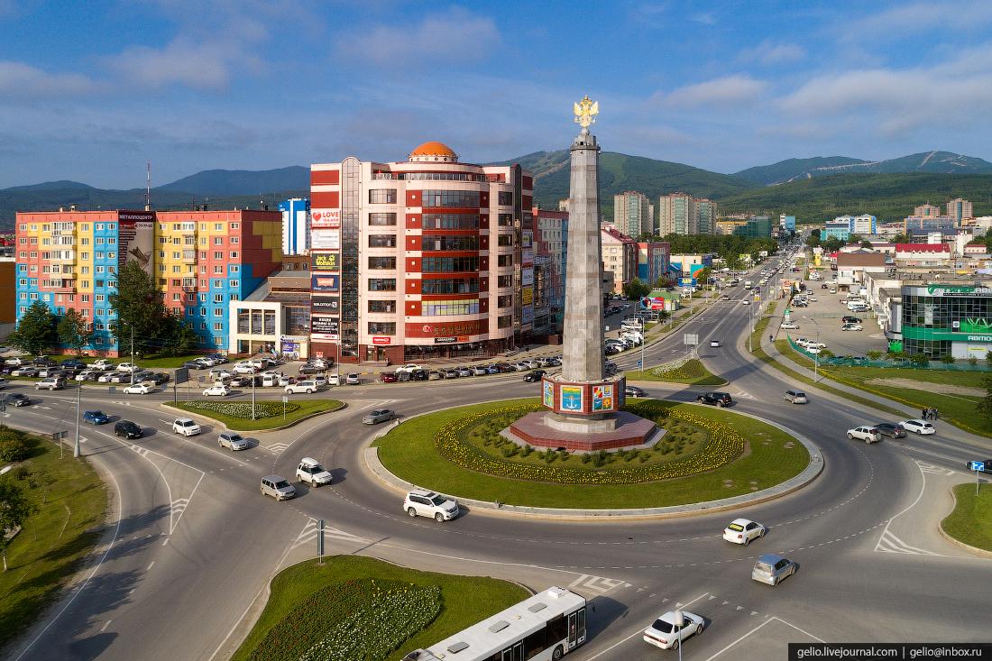 Южно-Сахалинск с высоты стела Города Сахалинской области