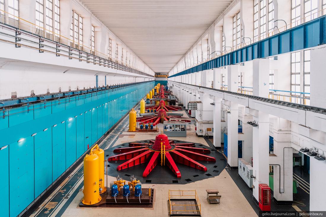 волжская гэс, машзал, турбины, гидротурбины, машинный зал