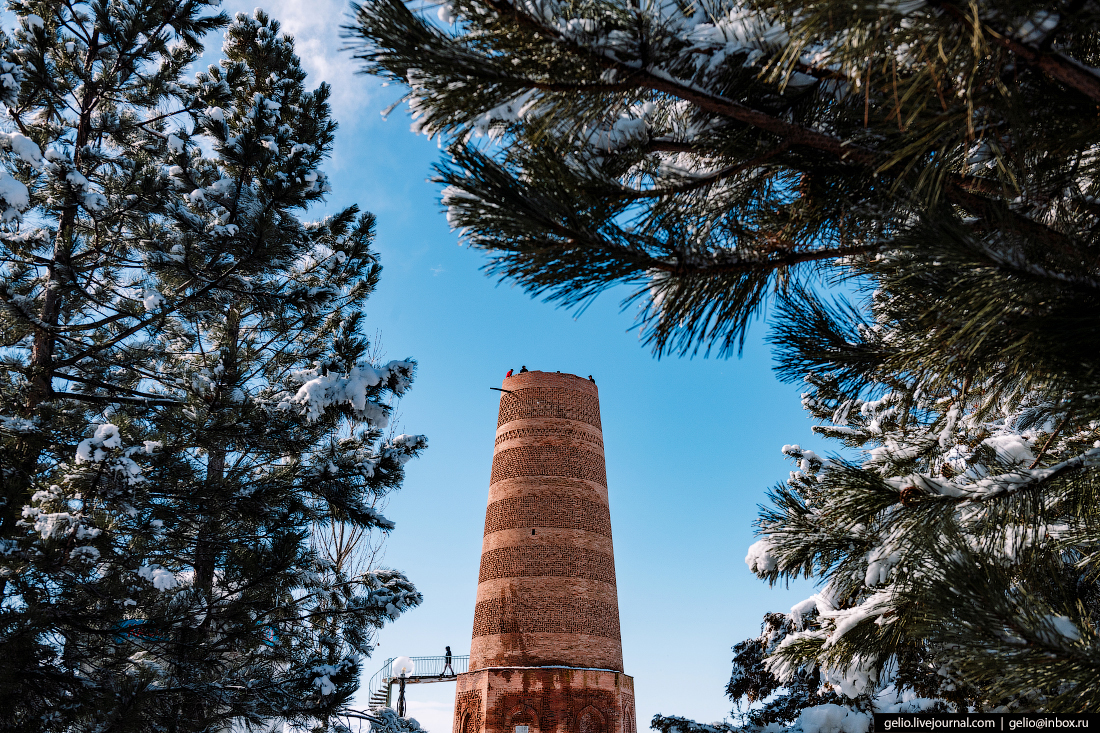 Зимний Кыргызстан Башня Бурана