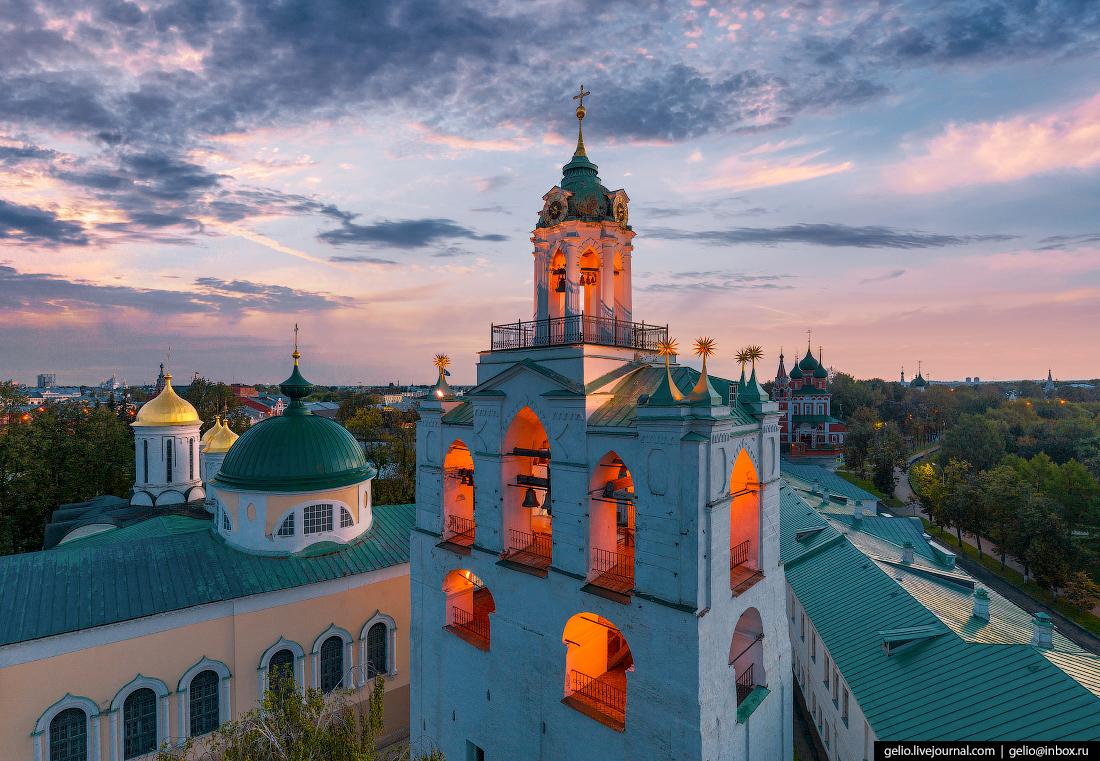 Ярославль с высоты Спасо-Преображенский монастырь
