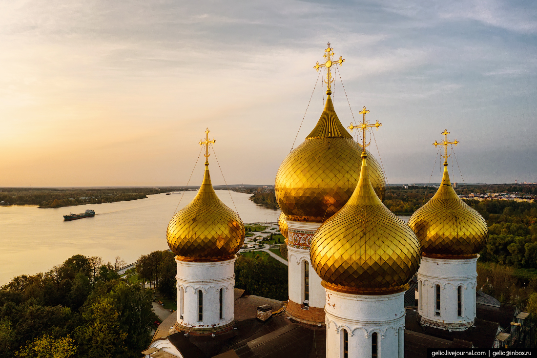 Ярославль с высоты Успенский кафедральный собор