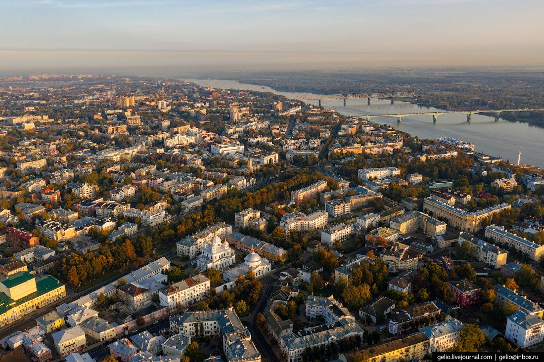Ярославль с высоты Первомайский бульвар брод
