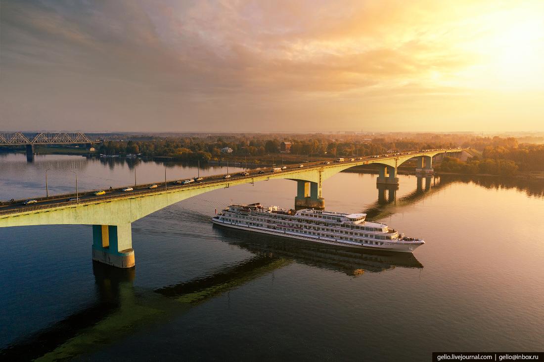 Ярославль с высоты Октябрьский мост волга