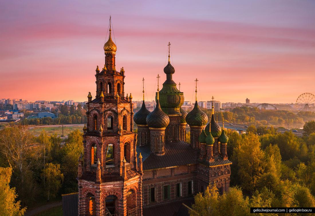 Ярославль с высоты Церковь Усекновения главы Иоанна Предтечи в Толчкове