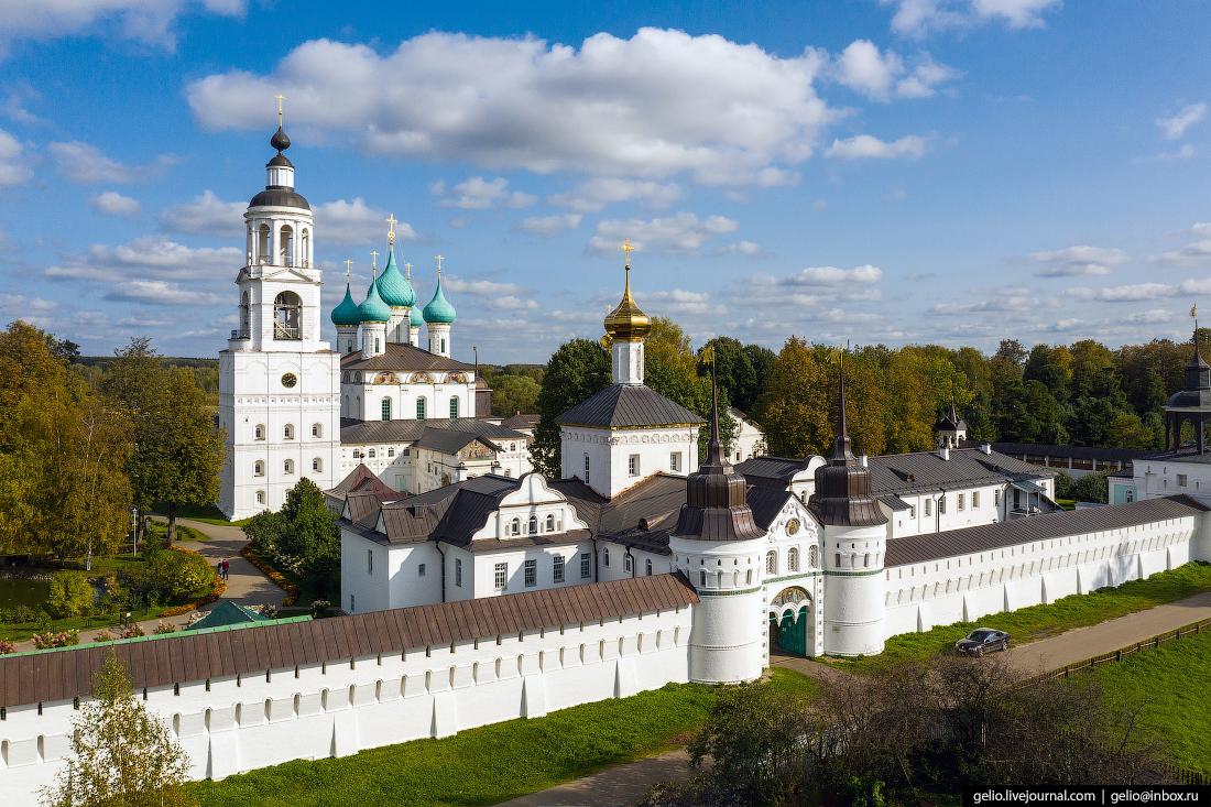 Ярославль с высоты Толгский монастырь