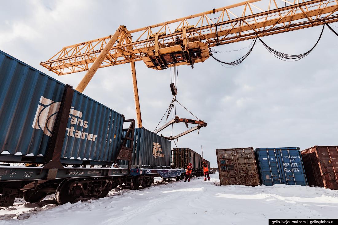 Железные дороги Якутии Нижний Бестях контейнеры